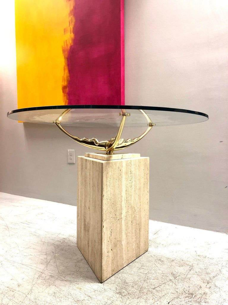 Travertine Marble and Brass Dining Table In Good Condition For Sale In Miami, FL