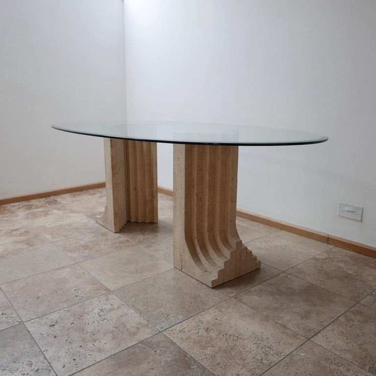 Travertine Midcentury Dining Table by Carlo Scarpa In Excellent Condition For Sale In Surbiton, Surrey