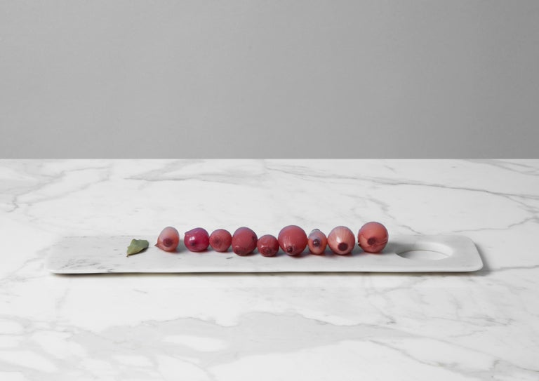 Tray/Chopping Board in White Carrara Marble by Studioformart, Italy, in Stock In New Condition For Sale In Milan, IT