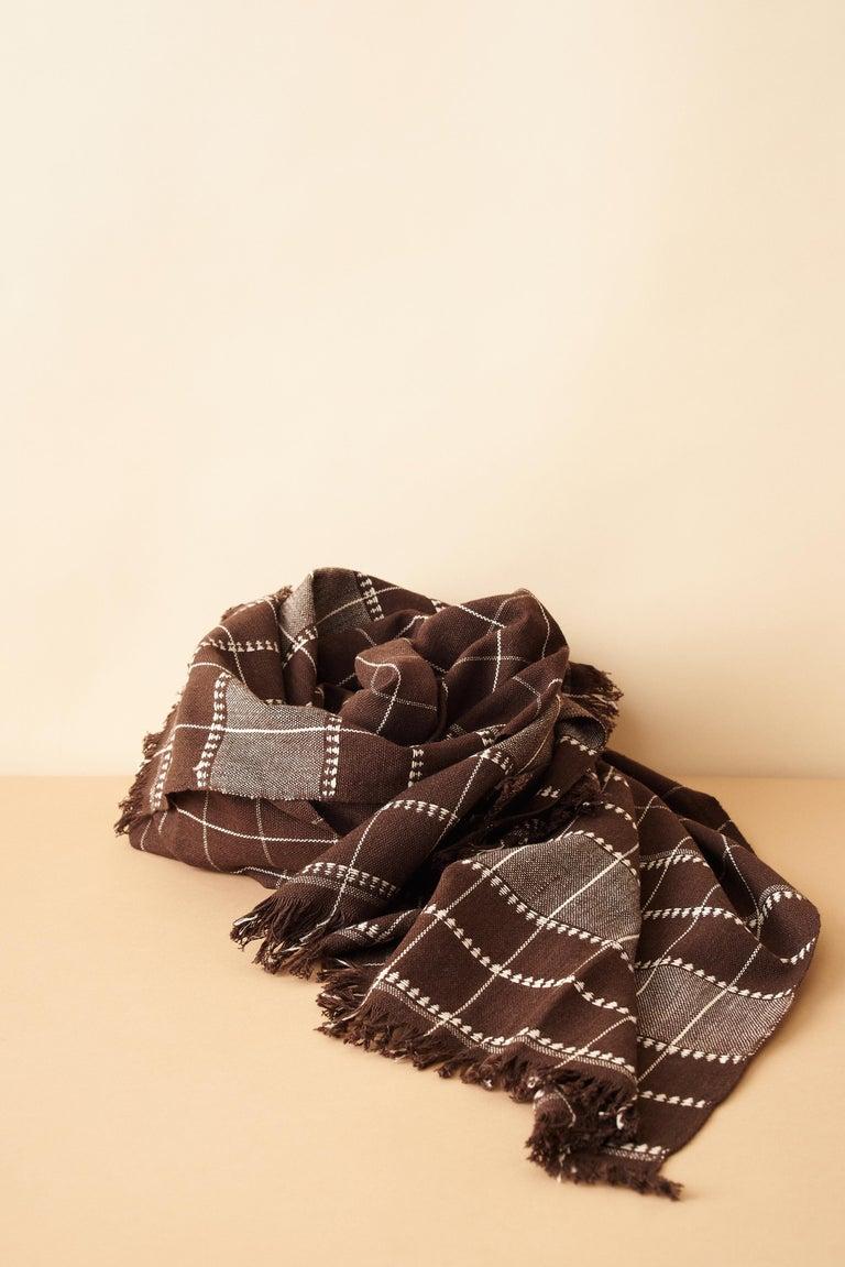 Treacle Brown Handloom Throw / Blanket In Organic Cotton For Sale 4