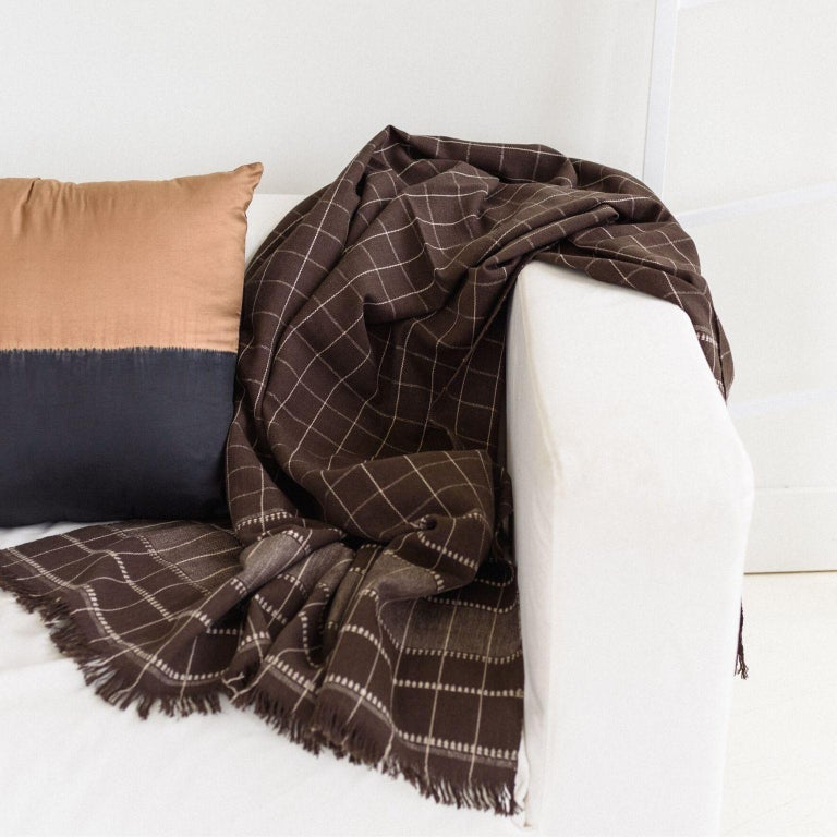 Modern Treacle Handloom Throw / Blanket in Organic Cotton For Sale