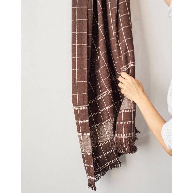 Treacle Brown Handloom Throw / Blanket In Organic Cotton For Sale 2