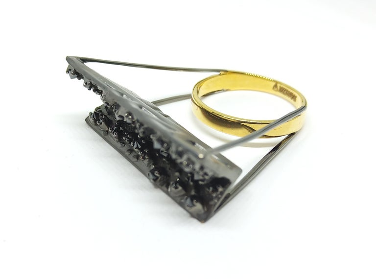 Tread the Untreaded Path with Contemporary Black Diamond Cocktail Gold Ring For Sale 6
