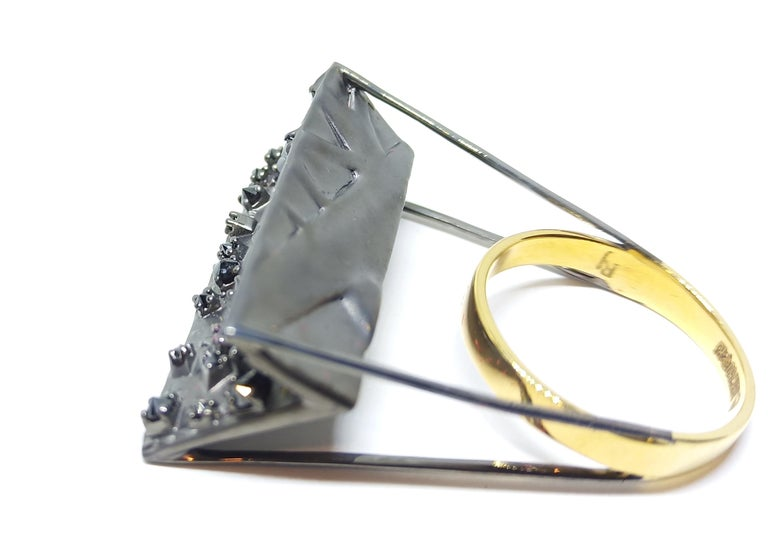 Round Cut Tread the Untreaded Path with Contemporary Black Diamond Cocktail Gold Ring For Sale
