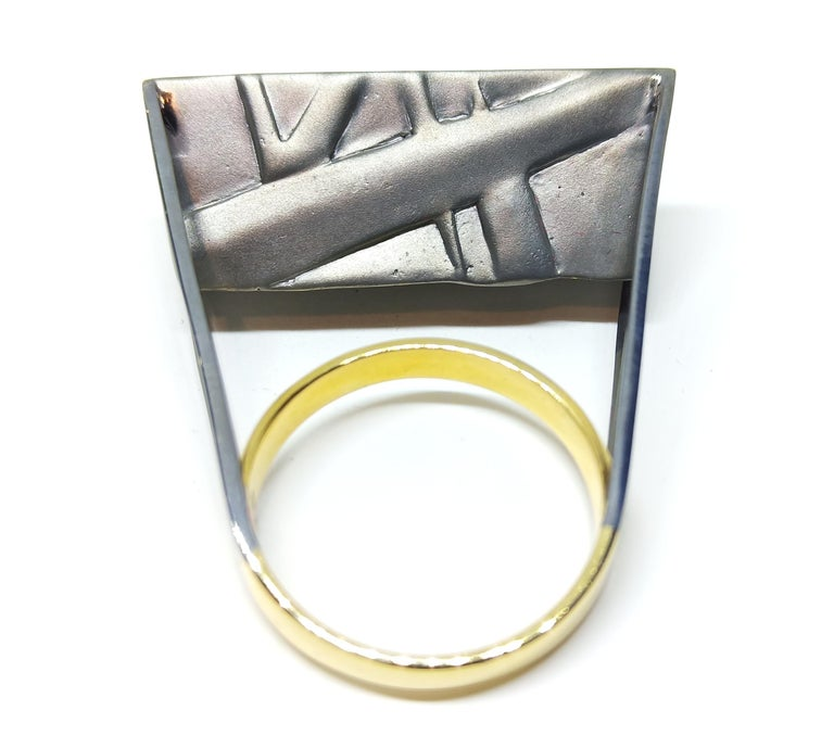 Tread the Untreaded Path with Contemporary Black Diamond Cocktail Gold Ring For Sale 3