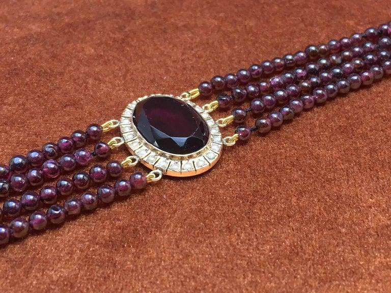 Retro Treasurehuntworld Antique Pink Gold Bracelet Pearls Four Strand Garnet For Sale