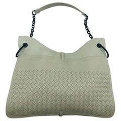 Trendy Bottega Veneta Intrecciato Beverly Shoulder Bag