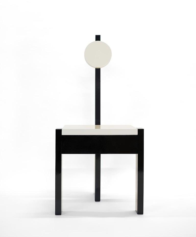 Modern Trés Nouvelle Sculptural Chair in Black Lacquered Wood by Frédéric Pellenq For Sale