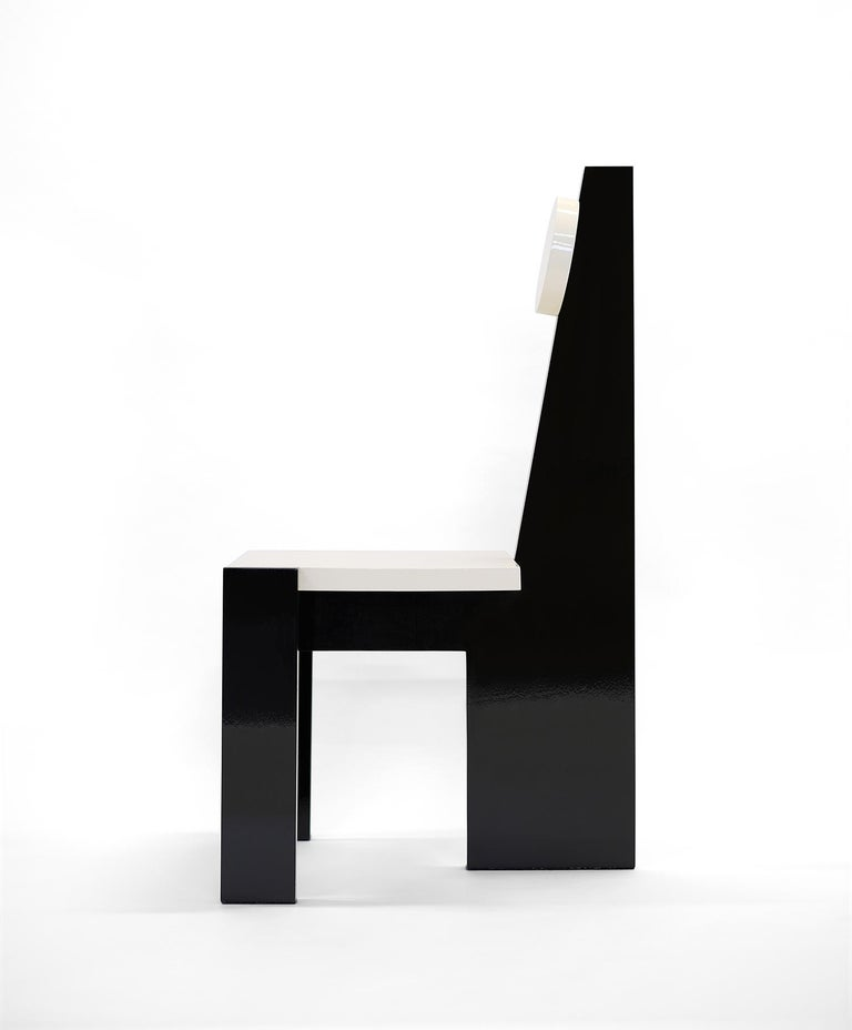 Trés Nouvelle Sculptural Chair in Black Lacquered Wood by Frédéric Pellenq In New Condition For Sale In New York, NY