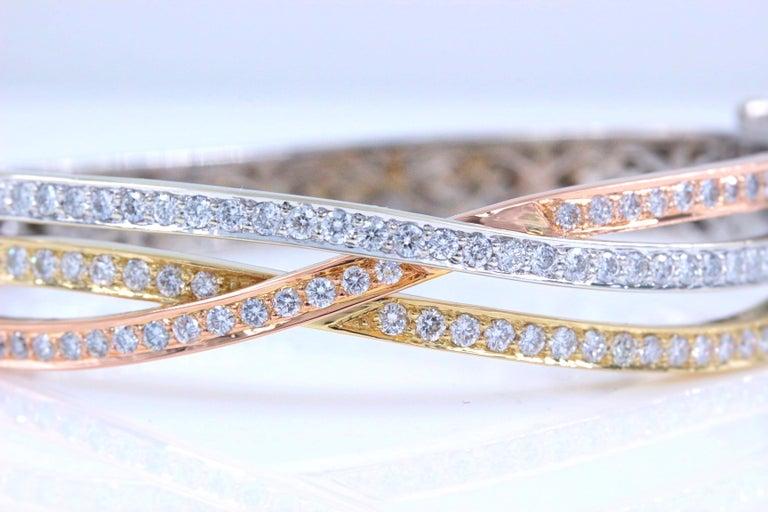 Tri-Color Round Diamond Bangle Bracelet 14 Kt White Yellow Rose Gold 2.00 Tcw For Sale 3