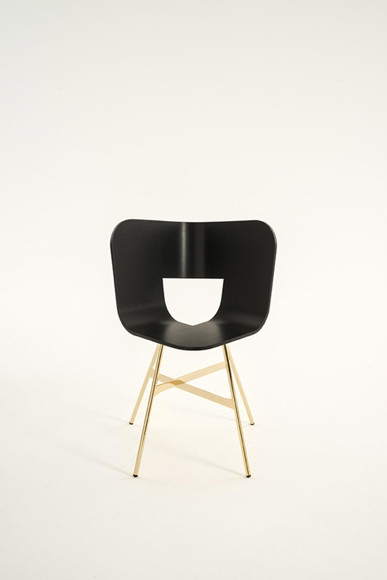 Machine-Made Tria Chair, Oakwood Shell, Black Metal Legs, Solid Minimalist Design Icon For Sale