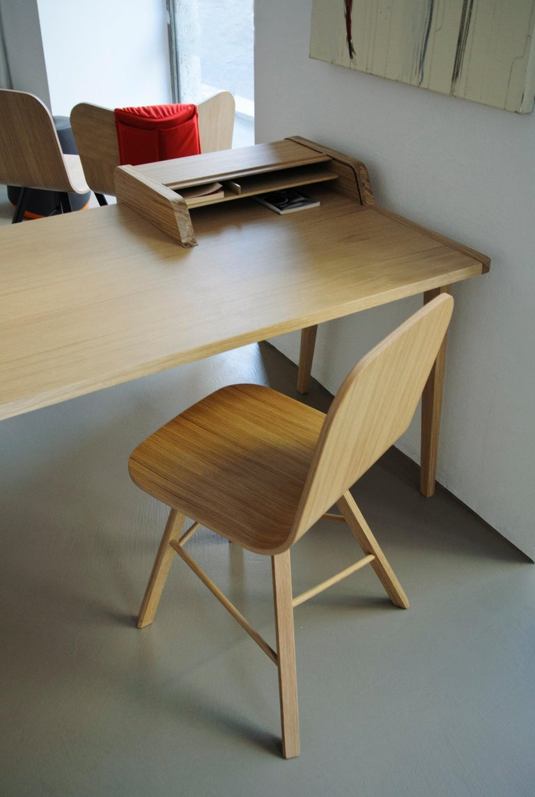 Tria Simple Chair Oak by Colé, Minimalist Design Icon Inspired to Graphic Art For Sale 3