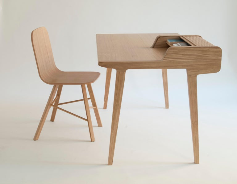 Machine-Made Tria Simple Chair Oak by Colé, Minimalist Design Icon Inspired to Graphic Art For Sale