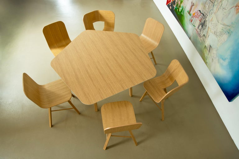 Tria Simple Chair Oak by Colé, Minimalist Design Icon Inspired to Graphic Art In New Condition For Sale In Milan, Lombardy