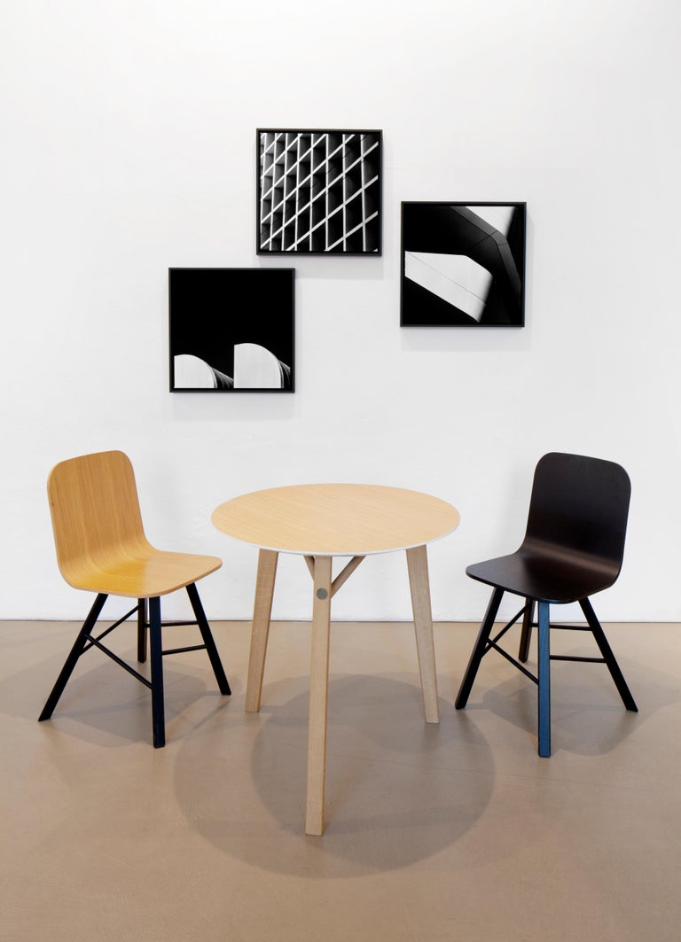 Tria Simple Chair Oak by Colé, Minimalist Design Icon Inspired to Graphic Art For Sale 1