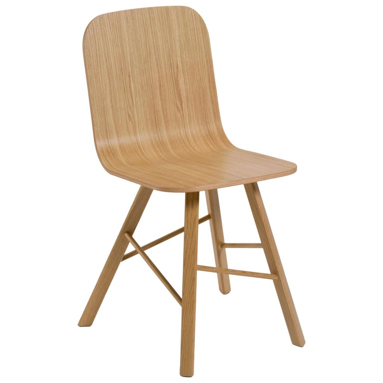 Tria Simple Chair Oak by Colé, Minimalist Design Icon Inspired to Graphic Art For Sale