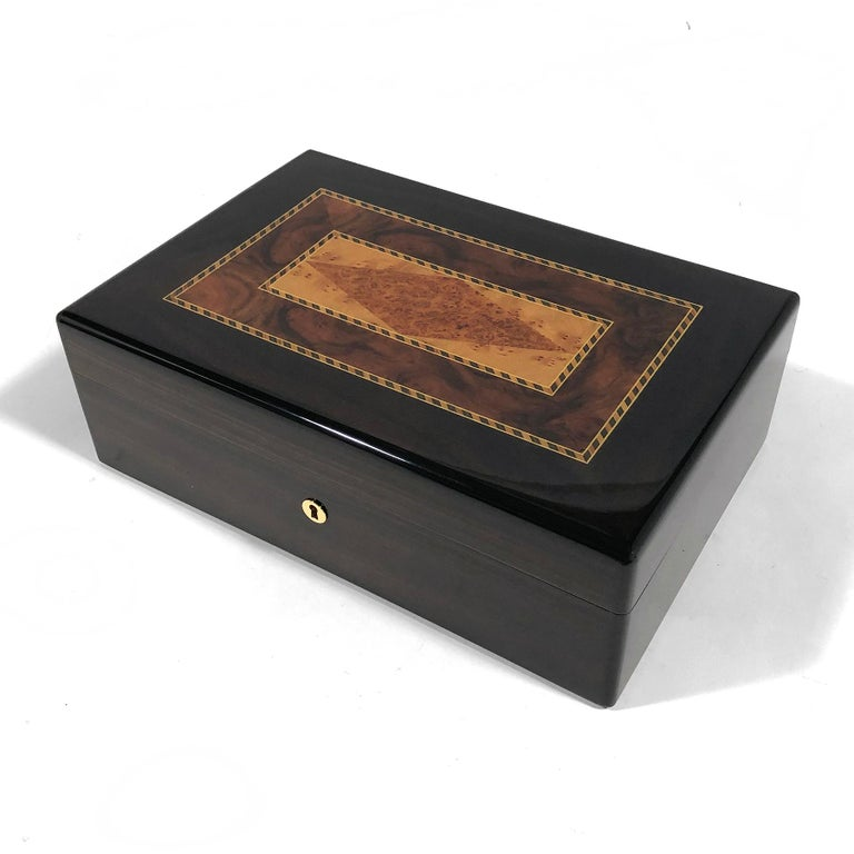 Triade Cigar Humidor with Marquetry Top For Sale 2