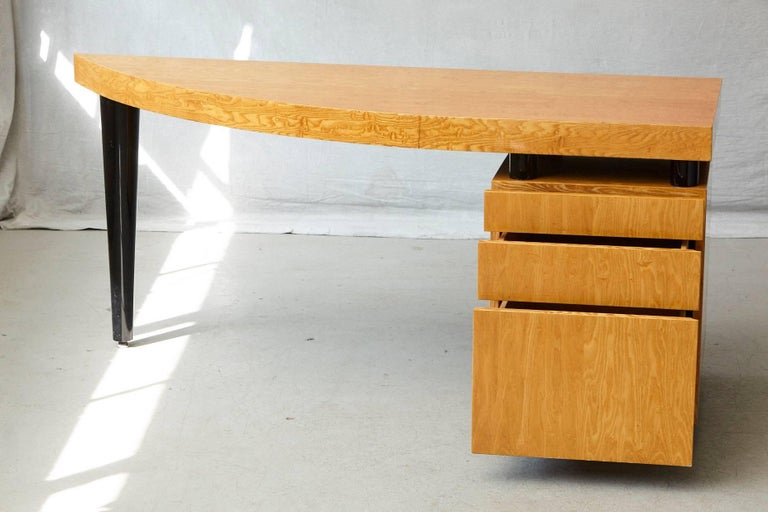 Triangular Memphis Style Inspired Lacquered 'Boca Desk' by Leon Rosen for Pace For Sale 3