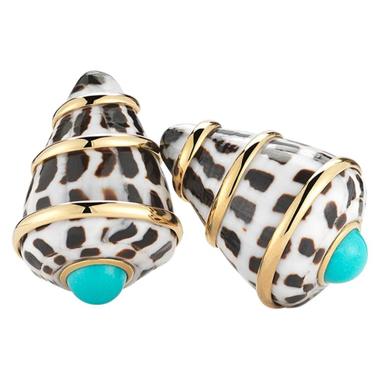 Trianon 18 Karat Yellow Gold Conus Ebraus Shell Turquoise Earrings For Sale