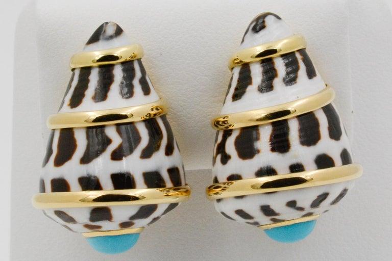 Modern Trianon 18 Karat Yellow Gold Conus Ebraus Shell Turquoise Earrings For Sale