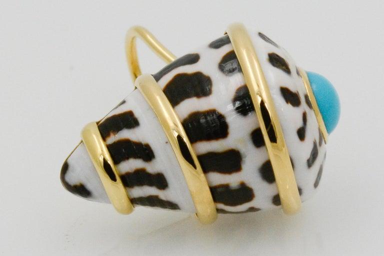 Women's Trianon 18 Karat Yellow Gold Conus Ebraus Shell Turquoise Earrings For Sale