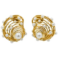 Trianon Newport Wire Shell Pearl and Diamond 18k Yellow Gold Clip Earrings