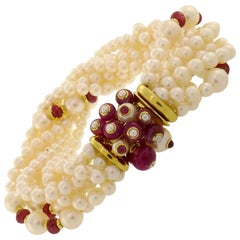 Trianon Pearl Ruby Bracelet with Yellow Gold Clasp Bead Multi Strand Diamond
