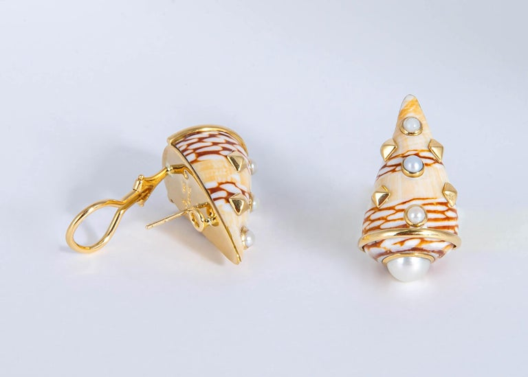 Round Cut Trianon Shell and Pearl Earrings For Sale