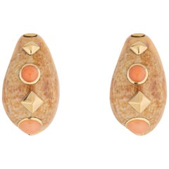 Trianon Shell Gold and Coral Earrings