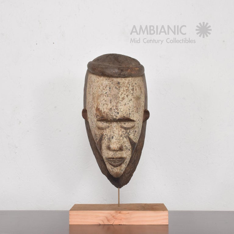 Cameroonian Tribal African Art Ceremonial Fang Mask Sculpture Carved Wood Cameroon, 1960s For Sale