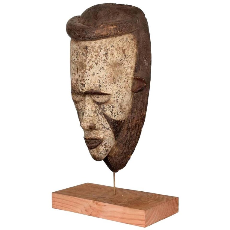Tribal African Art Ceremonial Fang Mask Sculpture Carved Wood Cameroon, 1960s For Sale