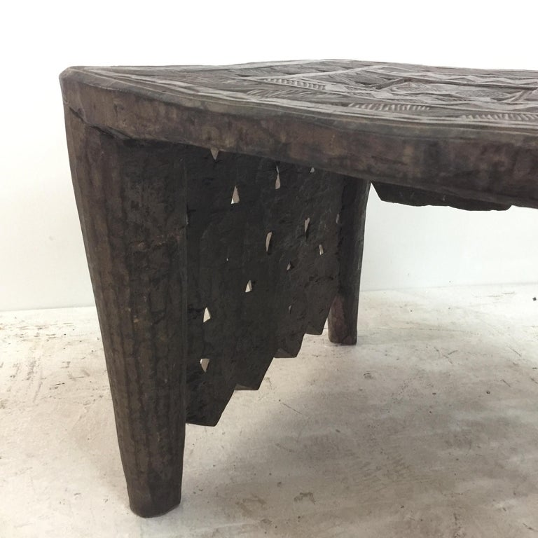 Tribal African Sidetable / Bench with Secret Compartment For Sale 7