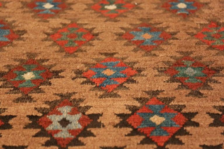 Tribal Antique Persian Bakshaish Runner Rug. Size: 3 ft 6 in x 10 ft 10 in For Sale 4