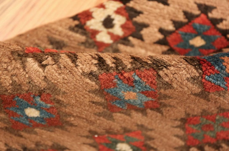Tribal Antique Persian Bakshaish Runner Rug. Size: 3 ft 6 in x 10 ft 10 in In Excellent Condition For Sale In New York, NY