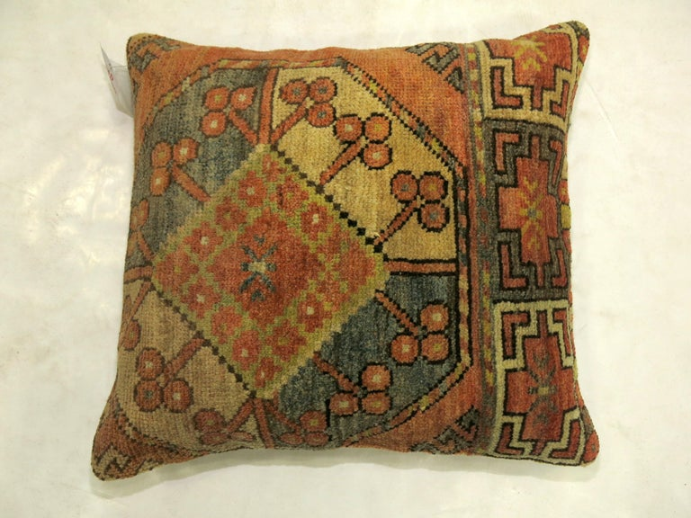 Tribal Ersari Rug Pillow In Good Condition For Sale In New York, NY