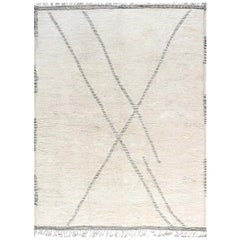 Tribal Style Modern Moroccan Wool Area Rug in White and Grey