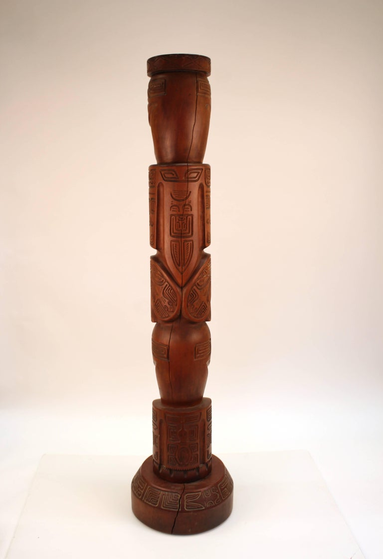 20th Century Decorative TOTEM of Human Figures in Carved Wood For Sale