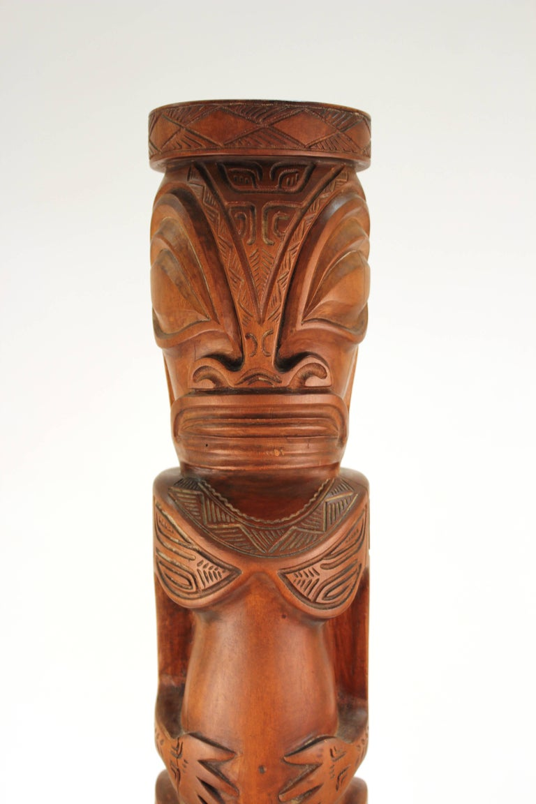 Decorative TOTEM of Human Figures in Carved Wood For Sale 3
