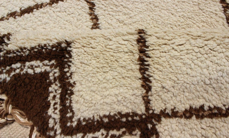 Wool Tribal Vintage Moroccan Rug with Ivory and Brown Diamond Shapes For Sale