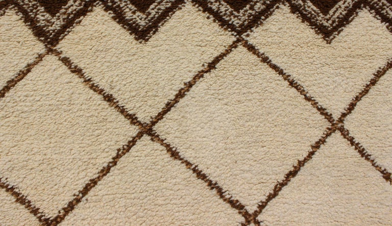 Tribal Vintage Moroccan Rug with Ivory and Brown Diamond Shapes For Sale 3