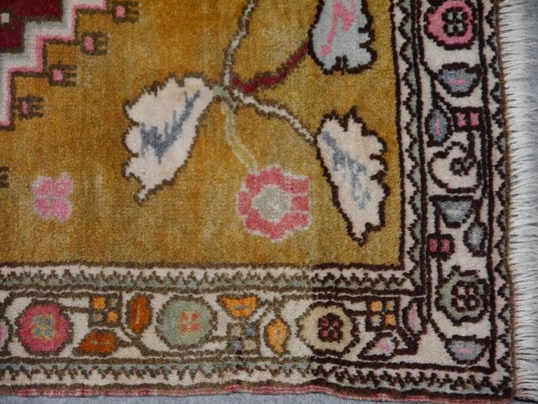 Tribal Vintage Turkish Yoruk Rug For Sale 1