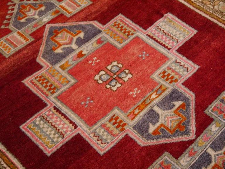 Tribal Vintage Turkish Yoruk Rug For Sale 2