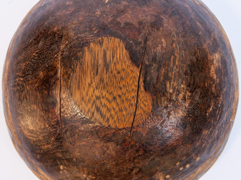 Tribal Wooden Bowl with Carved Design, Tuareg of West Africa, Mid-20th Century For Sale 7