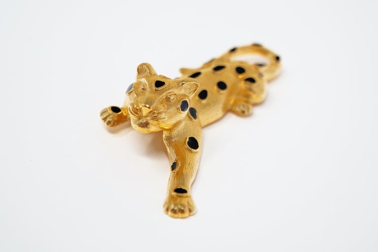 Trifari Gilded Leopard Figural Brooch with Enamel Details, circa 1980s For Sale 1