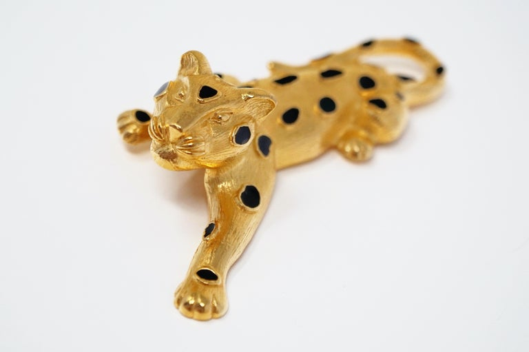 Trifari Gilded Leopard Figural Brooch with Enamel Details, circa 1980s For Sale 2