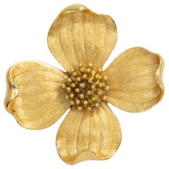Trifari Golden Blooming Flower Pin Brooch, Vintage 1900s