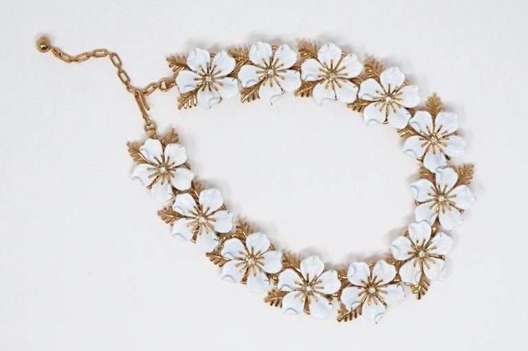 Modern Trifari White Enamel Flower Choker Necklace, circa 1960s For Sale