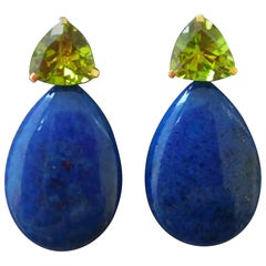 Trillion Cut Peridot Lapis Lazuli Plain Drops 14 kt Solid Yellow Gold Earrings
