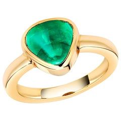 Cabochon Colombia Emerald Raised Dome Yellow Gold Cocktail Ring