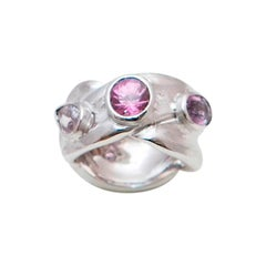 Trilogy Pink Sapphires Brushed 18 Karat White Gold Ring